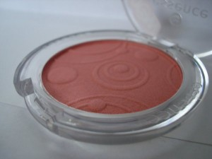 essence silky touch blush 20
