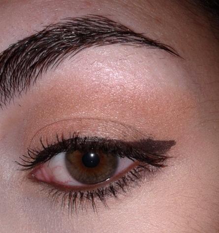 Essence LE Kalinka Beauty Eyeshadow - 01 From Russia With Love & 02 Babushka Me