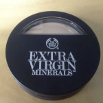 [Recensione] The body shop – Fondotinta Extra Virgin Minerals SPF15