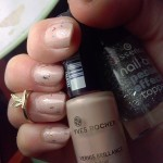 [Recensione] Nail art con Smalto Yves Rocher & Top coat Essence