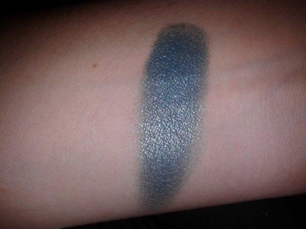 Catrice Fuori Produzione Agosto 2014 - Liquid Metal  Eyeshadow - 060  Petrol Pan