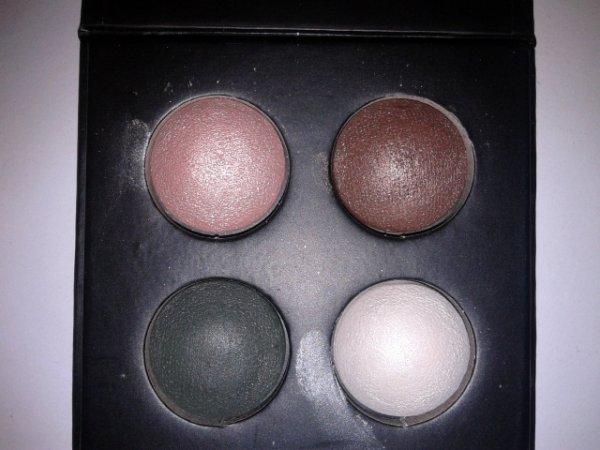 Catrice LE Check & Tweed Quattro Baked Eyeshadow - 01 London's Eye