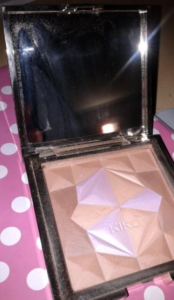 Kiko Precious Illuminating Bronzer - Luxurious Limited Edition