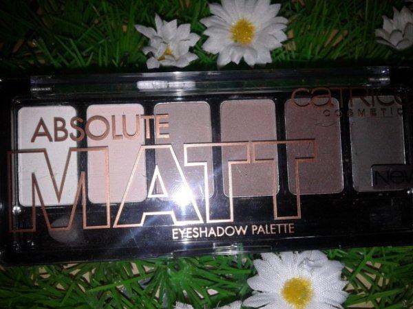 Catrice Absolute Matt Eyeshadow Palette - 010 Eyes Wide Matt