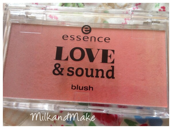 Essence Limite Edition Love & Sound - Blush 01 Sunset @ Center Stage