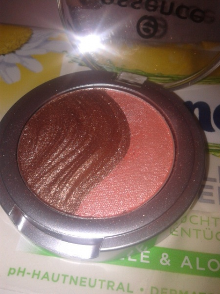 Essence 3D Eyeshadow - 11 Irresistible Fox-Trott