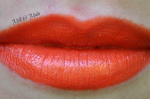"""Creamy Lipstick 63 """"Passion"""" Shaka"""