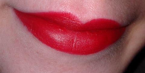 Matt Lip Colour C01 Ruby Red