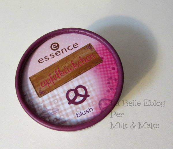blush oktoberfest essence