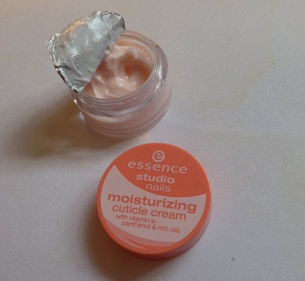 Moisturizing Cuticle Cream