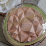 Precious Stone Highlighter Rose Quartz Revolution Makeup – Review