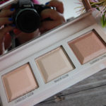 Choose your glow highlighter palette Essence Cosmetics