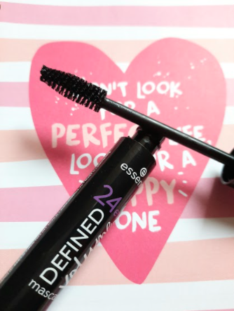 24ever mascara essence Defined Volume