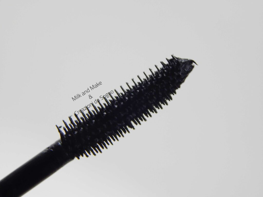 24ever BOLD volume mascara Essence Cosmetics - Review
