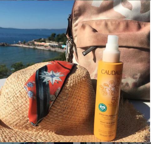 Vacanze estate, essenziali beauty da portare con sé.