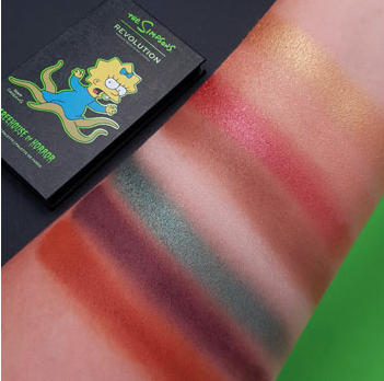 The Simpsons Make up per Revolution limited edition